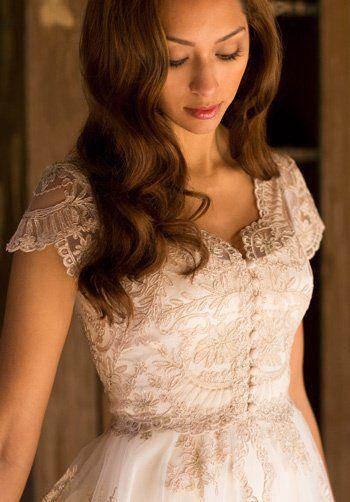 Martin McCrea Elizabeth 7-495 Ball Gown Wedding Dress