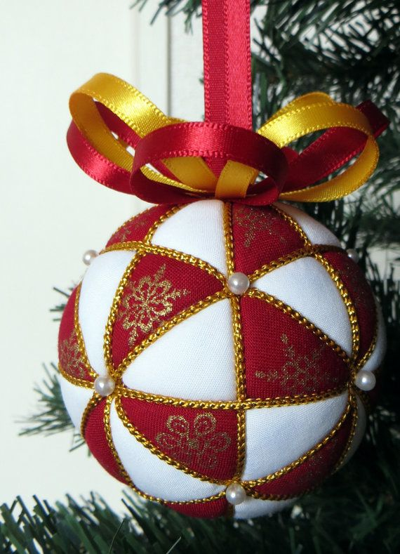 Christmas Ornament Kit  Red Snowflakes Kimekomi by OrnamentDesigns