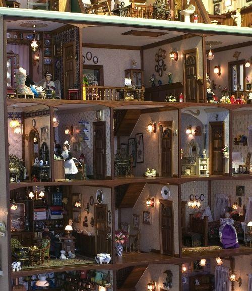 The Bosdyk Dollhouse