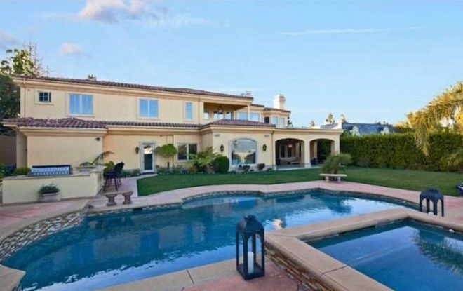 Celebrity Houses: Charlie Sheen House in Beverly Hills for Sale
