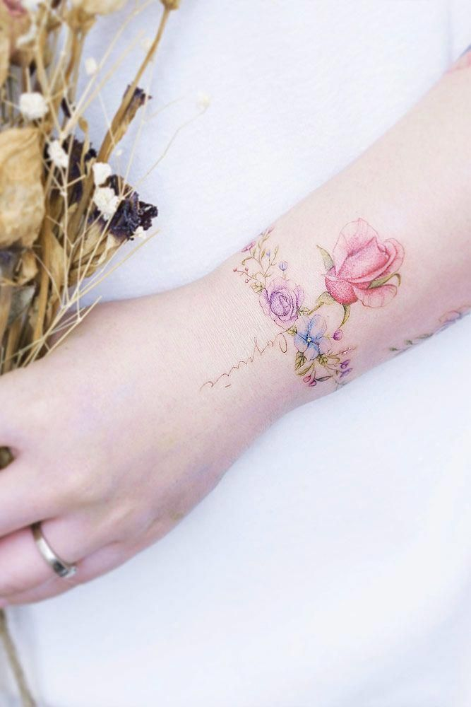 33 Delicate Wrist Tattoos For Your Upcoming Ink Session Wrist