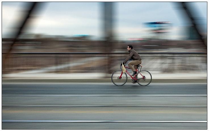 1/10s,  f8,  ISO 200,  camera settings, speed, motion.  Photo © Sam Javanrouh