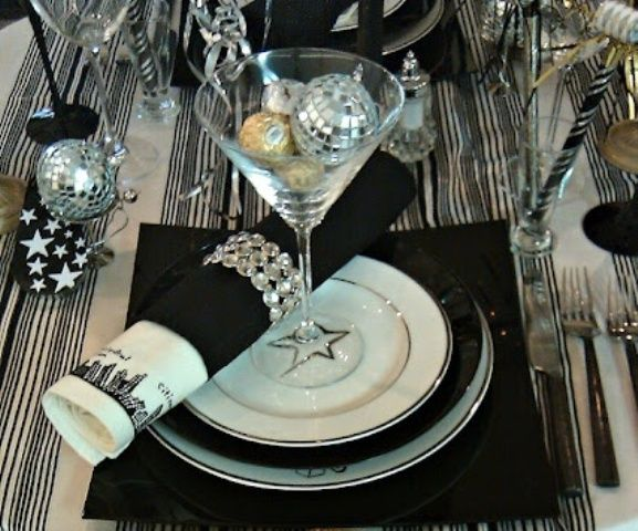 Elegant New Year S Eve Party Elegant Table Setting For