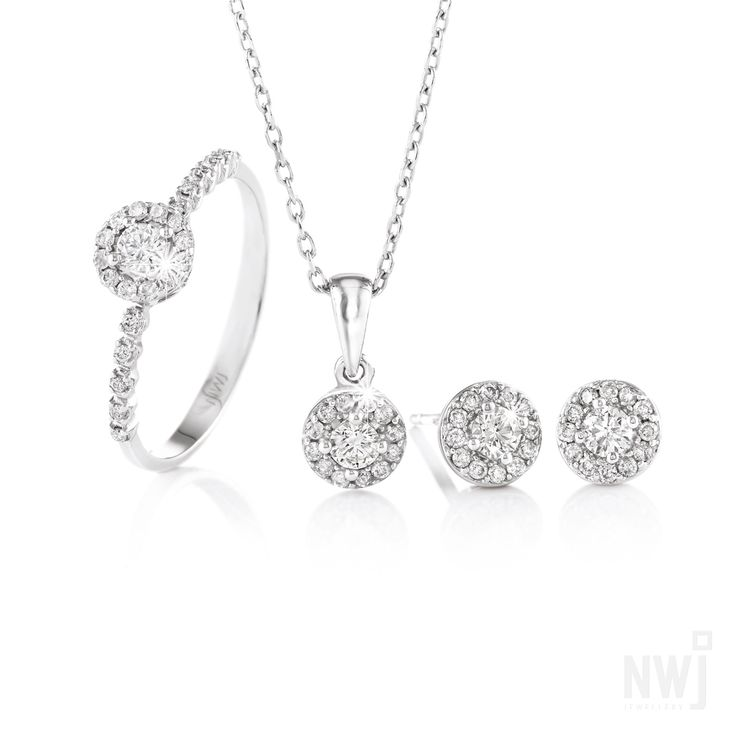 18ct White Gold Ring, Earrings and Pendant With Diamonds