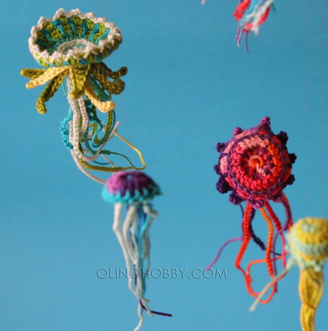 Crochet jellyfish | All the yarn in the world | Pinterest