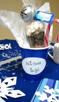 Polar Express Party- hot cocoa to go party favor....  this is what I'm hoping you girls can do for Elsie's party!!!  Can you get the bags? @Julie Noble and @Jenna Noble