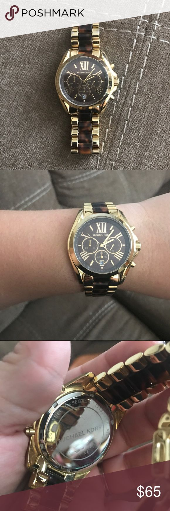Michael kors brown and gold tortoise watch Oversized face brown tortoise and gold watch. Worn multiple times but in good condition. Needs a watch Battery. 100% authentic, from a smoke free home 💖 Michael Kors Accessories Watches