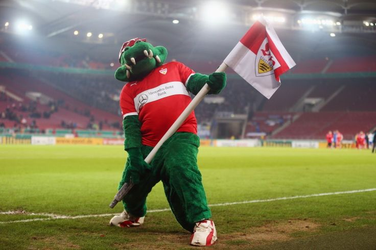 http://www.sueddeutsche.de/sport/serie-zu-jahre-bundesliga-schalke-laesst-die-loewen-los-1.1619573-5