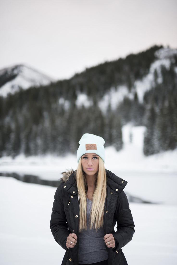 Utah Live Elevated Winter Beanies von Lady Scorpio | Herbst & Winter Mode | Phot…  Lena Oster