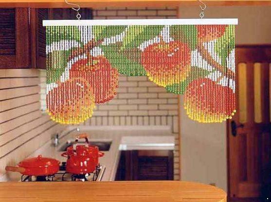 cortina de contas coloridas