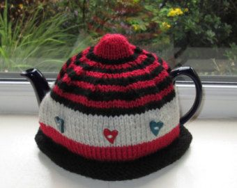 Hand knitted, Aran Retro Striped Wooden Heart Novelty Tea Cosy/Tea Cozy To Fit 4-6 Cup Tea Pot Approx 2 Pint Size. Ready To Ship/Post