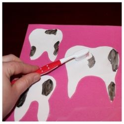 Teach children how to keep their pearly whites clean with this dry erase, toothbrushing activity.