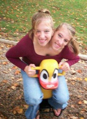Abigail and Brittany Hensel_Facebook_1