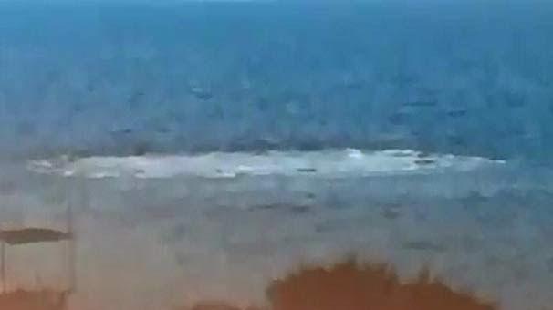 VİDEO | Çanakkale sahilinden denizde ürkütücü görüntüler