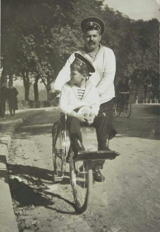 """Tsarevich Alexei Nikolaevich Romanov of Russia with his sailor-nanny,Andrei Eremeyevich Derevenko. """"AL"""""""