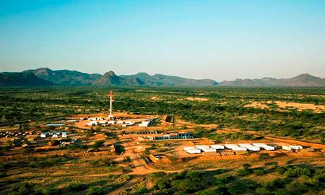 Will Kenya or Uganda be east Africa's first oil producer?