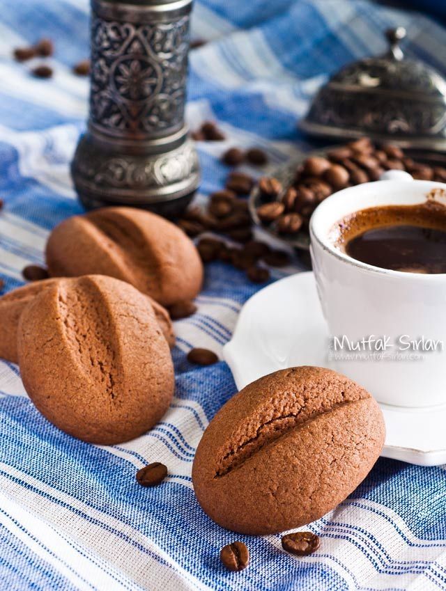 Kahve Çekirdeği Kurabiye (Türk Kahveli Kurabiye) nasıl yapılır ? Ayrıca size fikir verecek 37 yorum var. Tarifin püf noktaları, binlerce yemek tarifi ve daha fazlası...