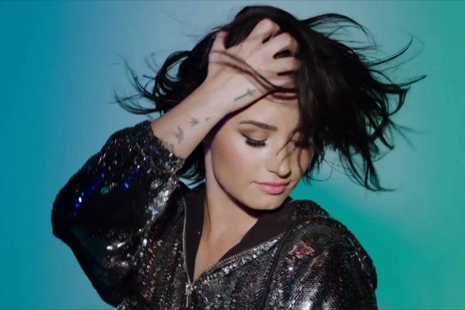 Demi Lovato | SKECHERS The Source
