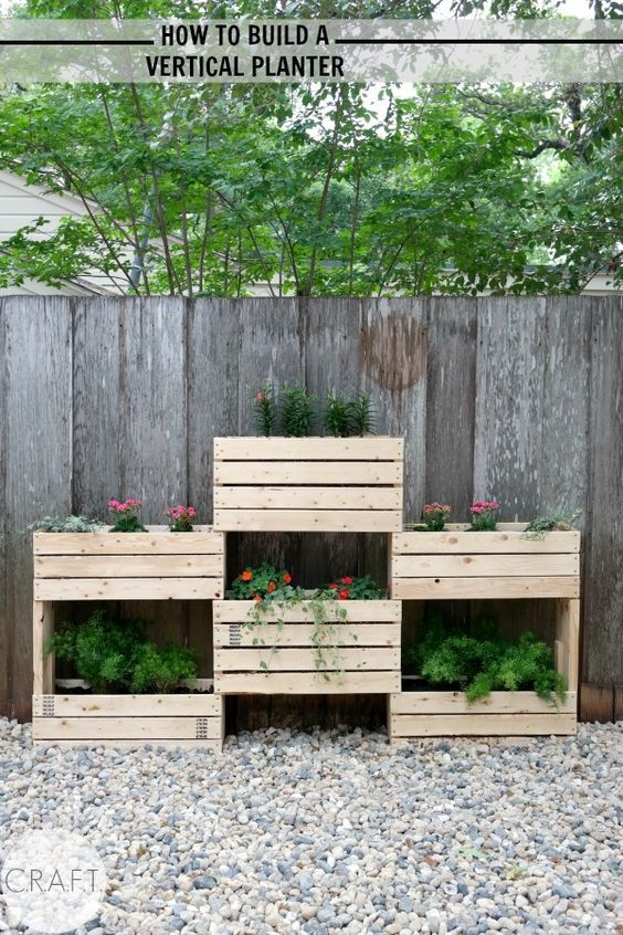 How to make an easy vertical planter!