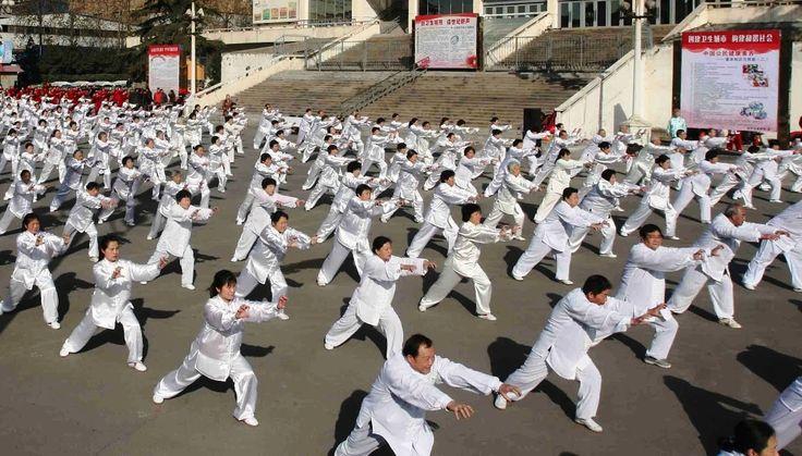 """Вьетнамская гимнастика Зыонг Шинь (ЗыонгШинь). Упражнения из этой гимнастики еще называют """"вьетнамская йога"""". Это уникальная методика лечения позвоночника и оздоровления всего тела http://newworld.org.ua/vetnamskaya-gimnastika-zyiong-shin"""