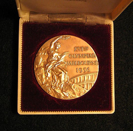 1956 Melbourne Olympics, Gold Medal, that were presented to winners in Australia Olympics v@e