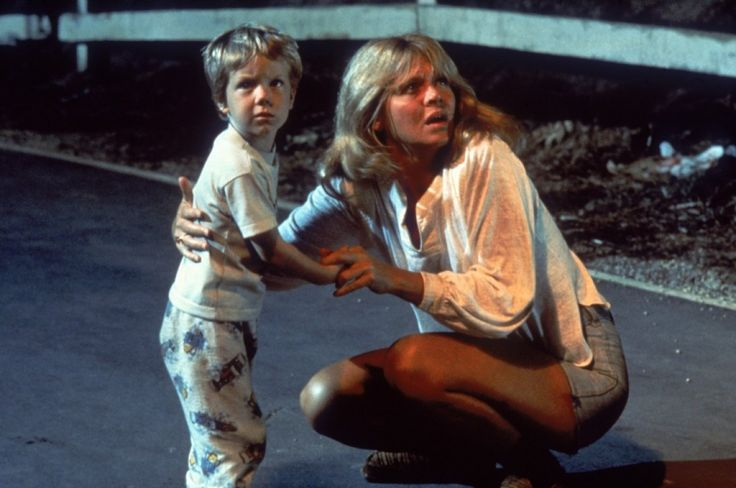 Cary Guffey and Melinda Dillon in Close Encounters of the Third Kind (1977)
