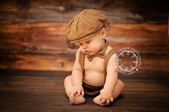 Baby boy vintage photo idea