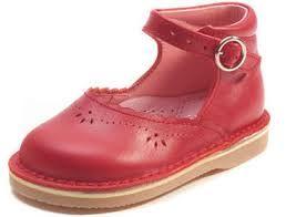 """Résultat de recherche d'images pour """"jacadi publicité chaussures"""""""