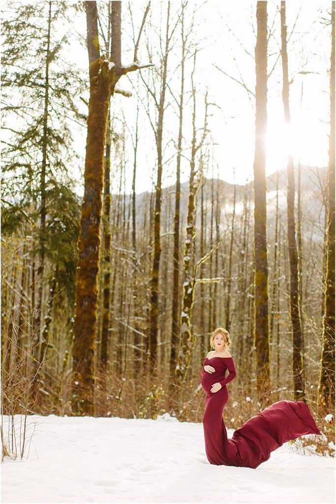 Maternity Photographer - maternity dress - winter maternity - Maternity Photographer – Courtney Bowlden Photography