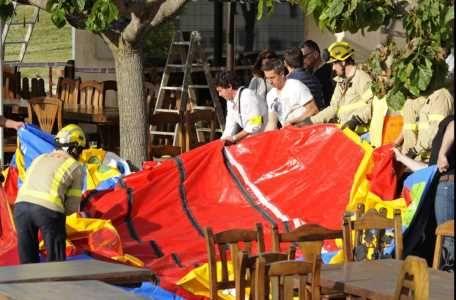 Een zesjarig meisje is zondagmiddag overleden, nadat het springkussen waarop ze aan het spelen was vermoedelijk explodeerde. Het ongeval gebeurde bij een restaurant in het Spaanse Caldes de Malavella.  Het luchtkussen steeg boven het dak van het restaurant uit en landde 40 meter verderop..