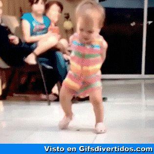 ★★★★★ Gifs animados bonitos: Baile infantil I➨ http://www.diverint.com/gifs-animados-bonitos-baile-infantil/ →  #gifsanimados #gifsanimadosfacebook #gifsanimadosfacebookgratis #gifsanimadosgratisparawhatsapp #gifsdivertidos