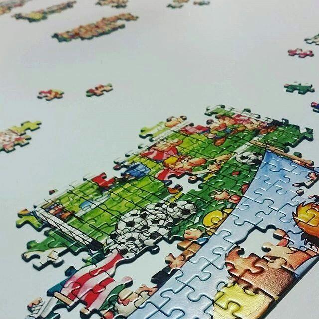 2000 darab... lesz majd egyszer. #puzzle #football #educa #nosleep #mik #egyszerbolt