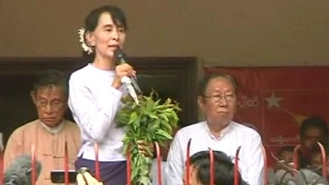 Aung San Suu Kyi's NLD sweeps by-elections http://bbc.in/HOWde8