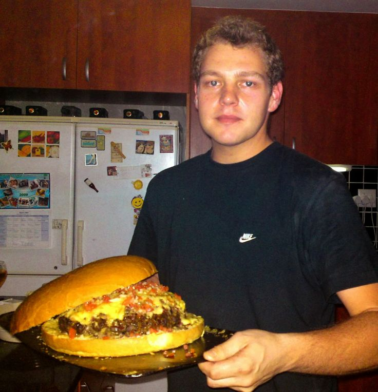 HangoverChef's Food: Beef Burger to feed a family!