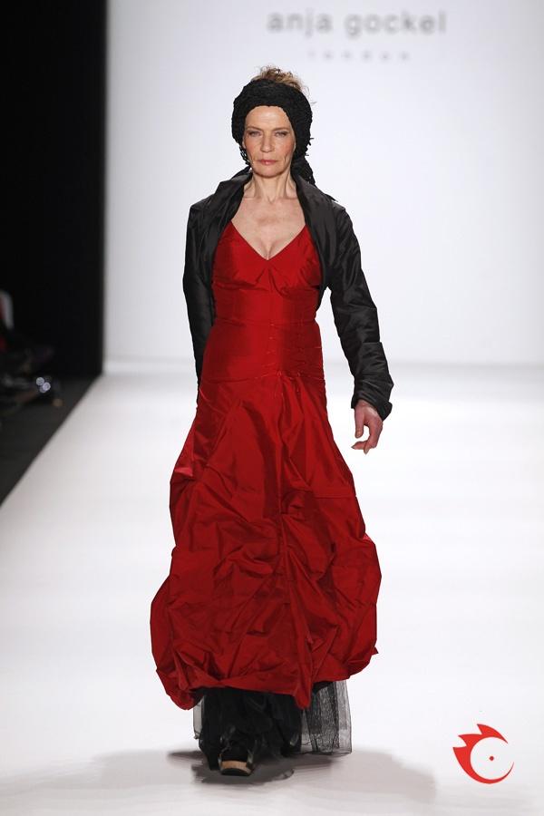 anja gockel - red evening gown with black bolero