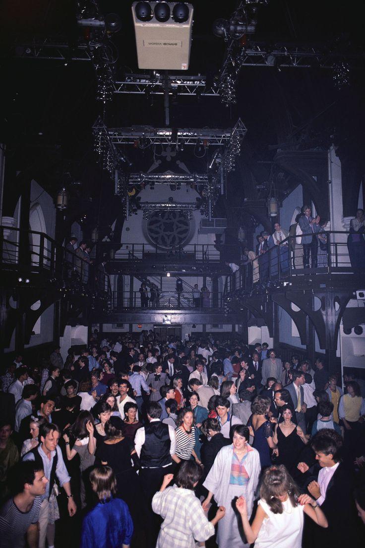 #TheLIST: New York's Most Historic Night Clubs  - HarpersBAZAAR.com