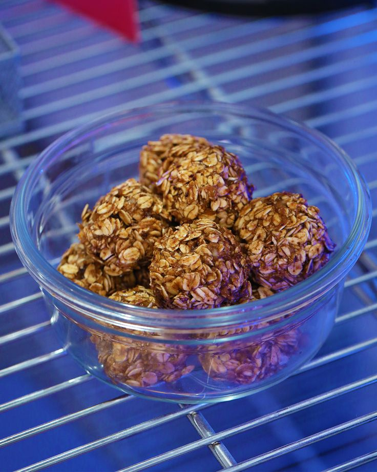 Dark Chocolate Banana Oatmeal Bites