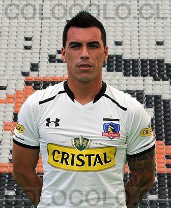 Nombre: Esteban Efraín Paredes Quintanilla Nacionalidad: Chilena Nacimiento: 1 de agosto de 1980, Santiago, Chile Altura: 1,78 mts. Peso: 82...