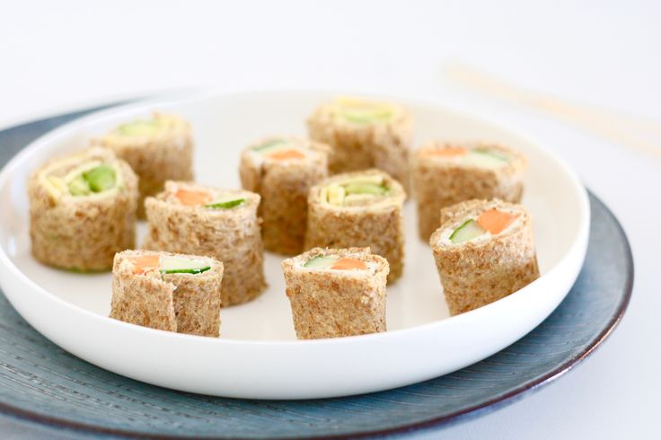 Of je kleintje nou gek is op sushi, of de rijst met vis en zeewier maar een vreemd fenomeen vindt; deze variant van brood valt waarschijnlijk hoe dan ook wél i