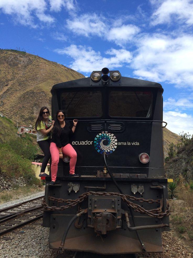 Trenes del Ecuador- Nariz del Diablo - Alausi, Ecuador Train- Devils nose - Alausi, Ecuador