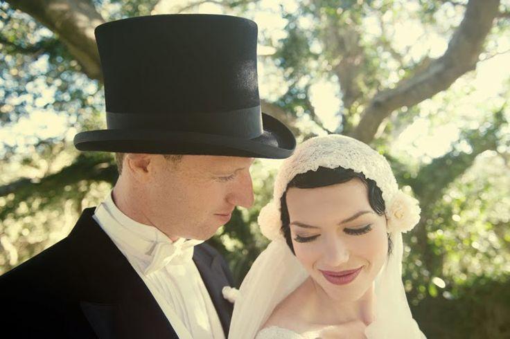 Vintage Bride ~ Veil Inspiration ~ The Juliet Cap Veil Revival ~ #vintagebride #vintagewedding #vintagebridemagazine #vintagegroom