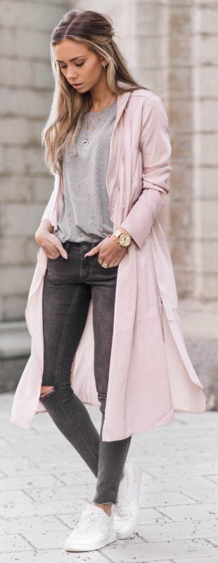 Trendy wrap coat + gorgeous shade of blush pink + perfect addition + spring outfit + Lisa Olsson + cute and feminine + coat + skinny grey jeans + matching plain tee   Coat: NLY Trend by Lisa Olsson, Jeans: Gina Tricot, T-Shirt: Tim's.