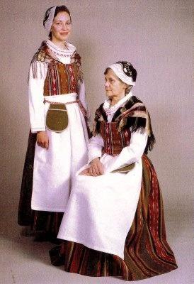 Finland by zimtschnecke28, via Flickr. Kankaanpään kansallispuku, Kankaanpää's folk costume.