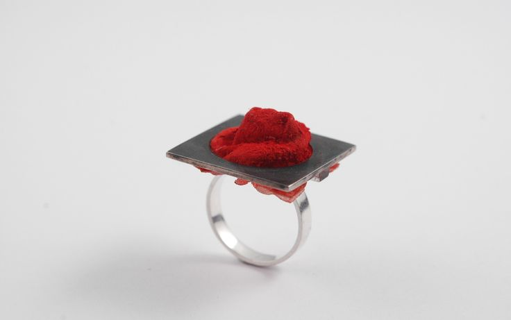Adelina Petcan Idea Silver, Fabric, Pigment, Paper glue, Ring 2015
