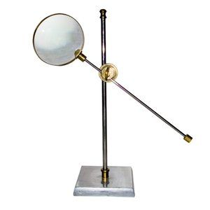 Standing Magnifying Glass FleaPop