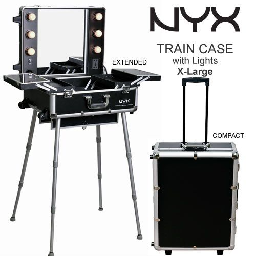 NYX Artist Train with beauty lights