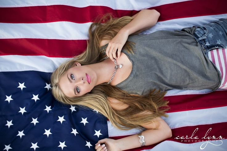american flag. senior pictures #carlalynnphotography