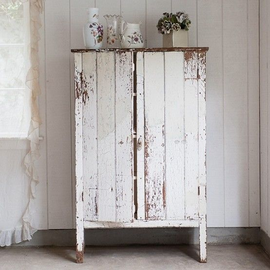 Shabby Chic Cabinet on Pinterest  Shabby chic painting, Shabby chic ...
