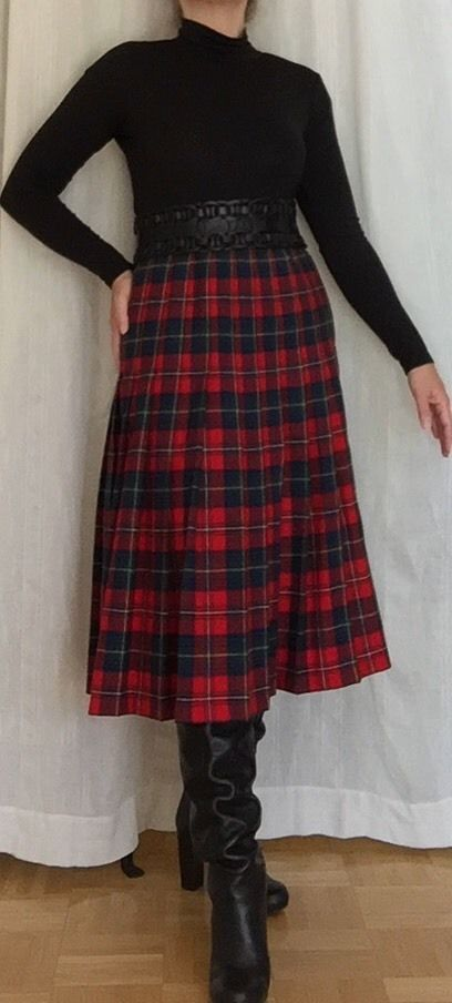 Vintage Pendleton tartan red plaid wool skirt with boots