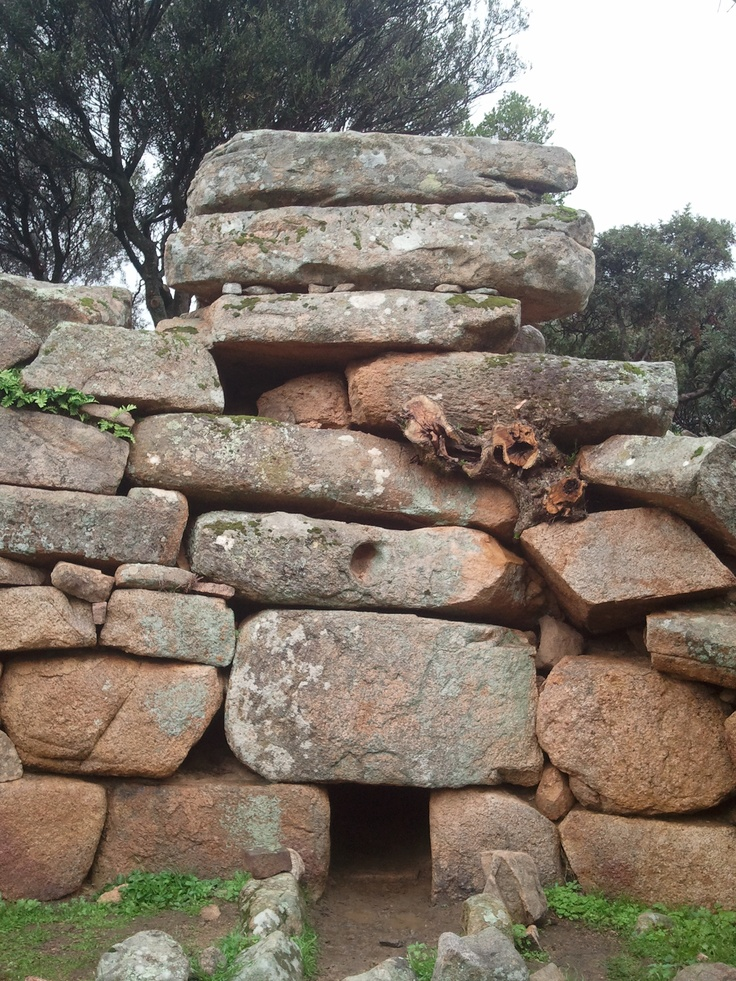 Barrancu Mannu - Giants' grave (Italian: Tomba dei giganti, Sardinian: Tumbas de sos zigantes) is the name given by local people and archaeologists to a type of Sardinian megalithic gallery grave built during the Bronze Age by the Nuragic civilization.